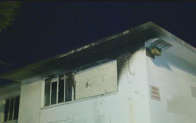 Varios niños se salvaron de un incendio que dicen fue provocado por pand...