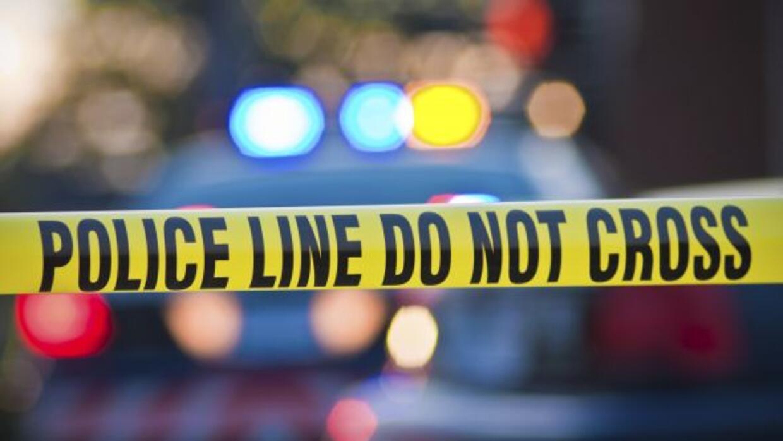 Un hombre fue muerto fuera de su casa por un sujeto que le disparó desde...