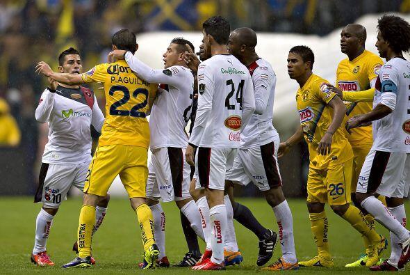20.- La mancha negra de las Águilas para este temporada, fue la CONCACAF...