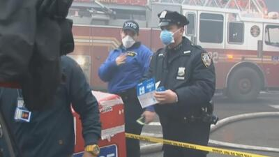 Dos desaparecidos tras incendio en Nueva York