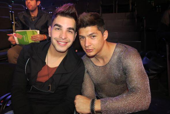 Danny Montejo con Víctor Robles en los ensayos de la cuarta gala.
