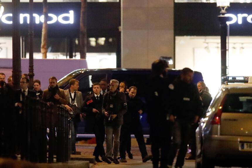 En fotos: Resguardan las calles de París tras un tiroteo que dejó un pol...