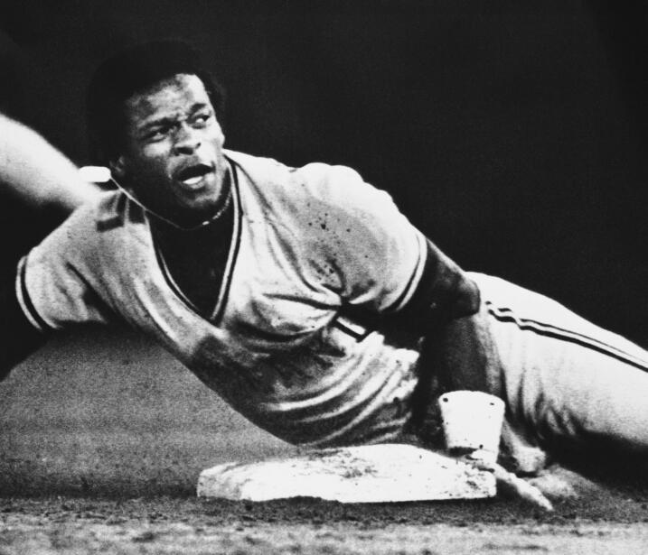 El 27 de Agosto de 1982 Rickey Henderson batió el récord d...