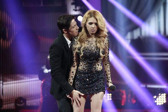 """Fernando y Paloma cantaron la intensa """"A esa""""."""