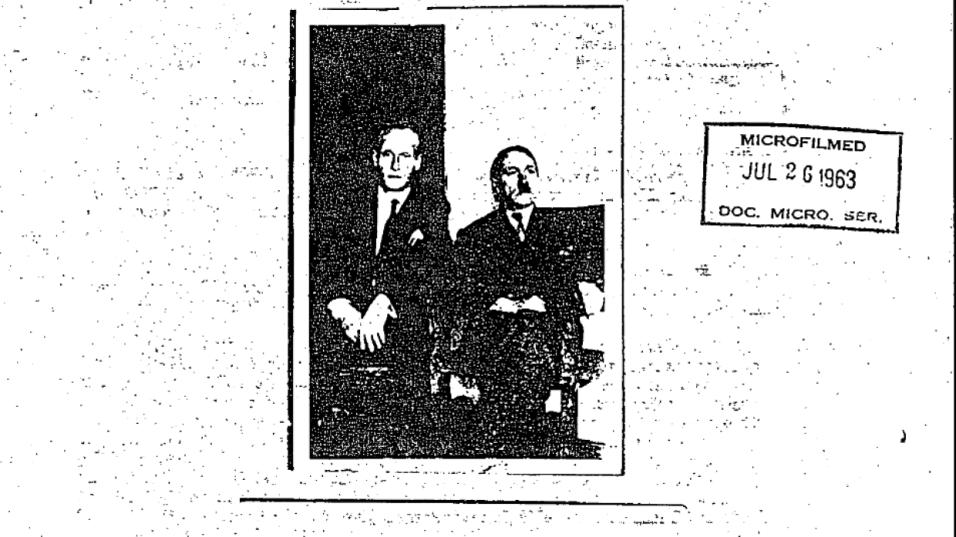Detienen en el aeropuerto J. F. Kennedy a un exagente de la CIA que llev...