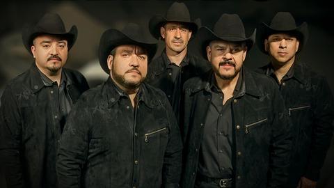 Grupo Pesado llega con el estreno de 'Me Estorbas'