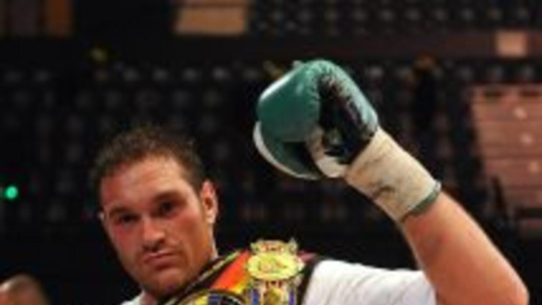 Fury apunta al título mundial pesado del CMB.