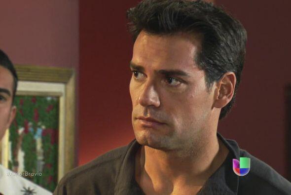 Daniel no piensa hacer caso a la petición de Mariano, no se quiere march...