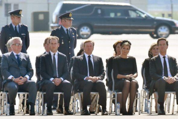 Los Reyes de Holanda estuvieron acompañados también por algunos familiar...