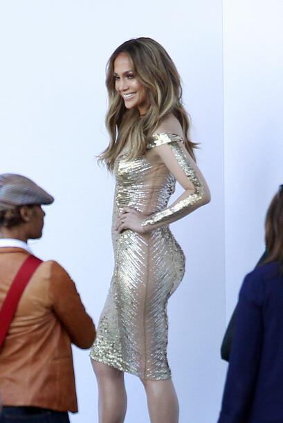 Jennifer lució espectacular, hasta daba el efecto óptico de que era body...