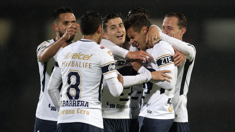 Cruz Azul venció a Puebla 2-0 en Copa MX 20180124-6365.jpg
