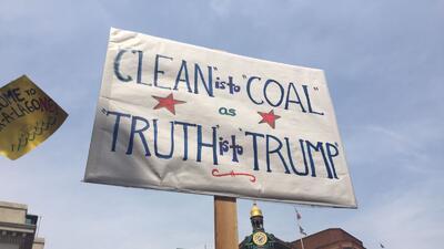 Cuando el ingenio y la furia anti-Trump se mezclan: las mejores pancartas de la marcha por el Clima