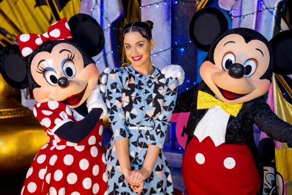 Katy Perry celebró el fin de semana del 4 de julio con una visita especi...