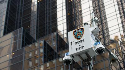 Una cámara de seguridad en Nueva York, junto a la Torre Trump en...