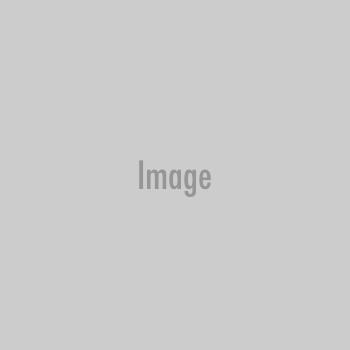 Emily es una actriz y modelo estadounidense que ayudó al club italiano a...