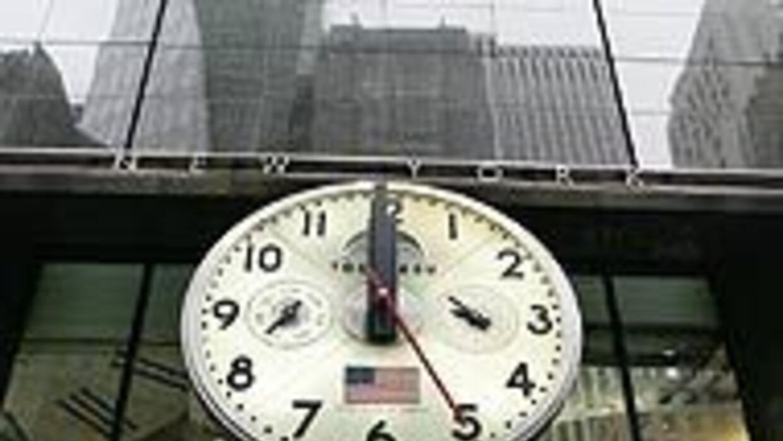 Estados Unidos adelanta los relojes y entra en el horario de verano eacc...