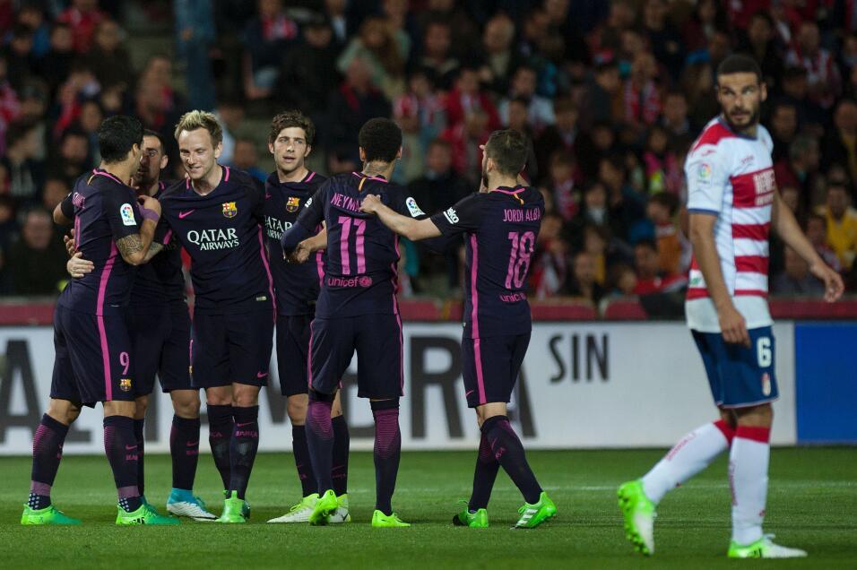 Neymar alcanzó los 100 goles con Barcelona GettyImages-663829038.jpg
