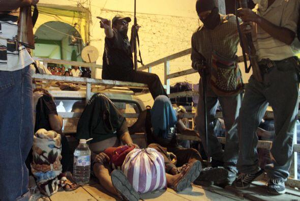 Los detenidos han sido señalados de crímenes como asesinato, secuestro,...