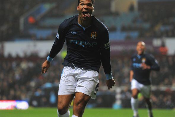 Joleon Lescott del Manchester City. Este inglés no es ningún jovencito,...