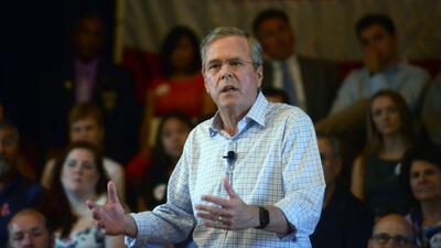 Jeb Bush habla en exclusiva y en español sobre sus planes migratorios
