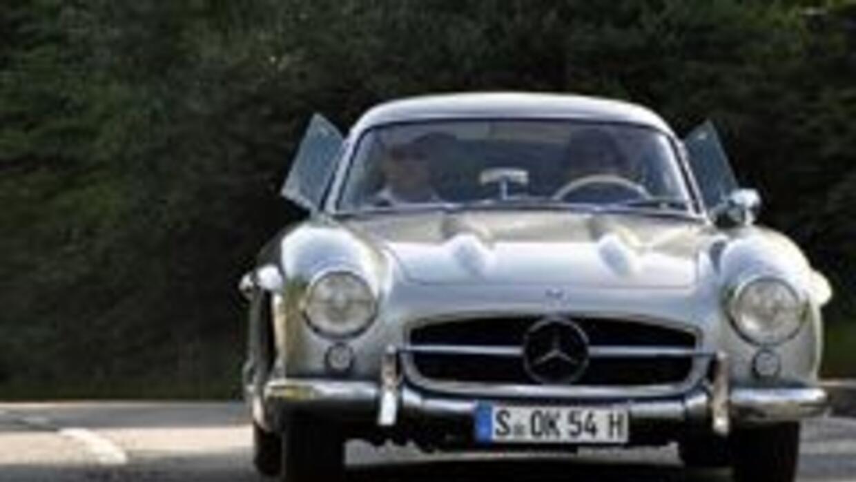 Al volante del Mercedes-Benz 300 SL 1954....