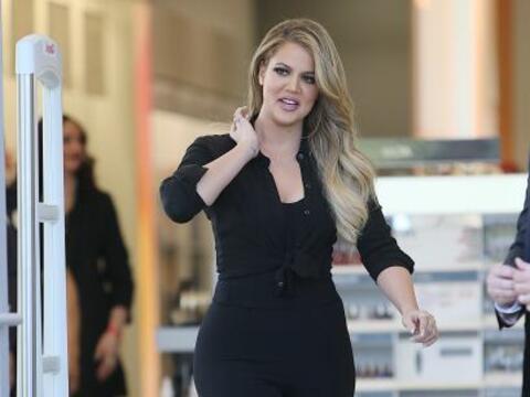 Khloé Kardashian se esfuerza mucho en el gimnasio por tener unas...