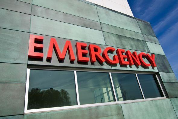 2-Servicios de emergencia: La evaluación de una condición médica de emer...