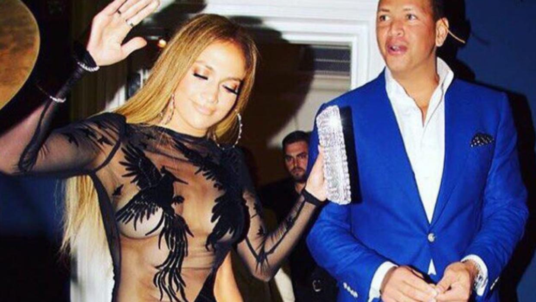 Jennifer López disfrutó su fiesta de cumpleaños jun...