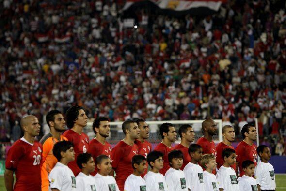 El cuadro de Egipto estaba conformado por: Ahmed El-Shenawi; Gomaa, Elmo...