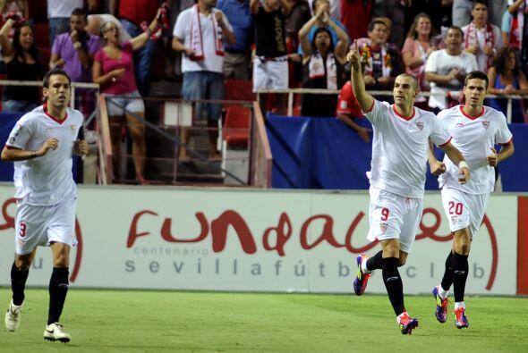 Y el hombre del juego fue el atacante Álvaro Negredo, que abrió el marca...