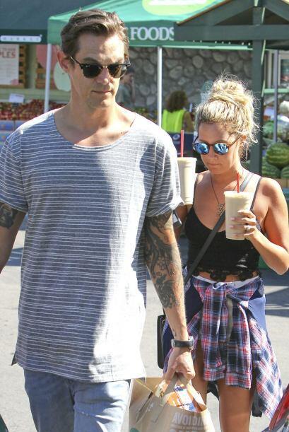 Ashley y Christopher vistieron de lo más sencillo para no ser reconocido...