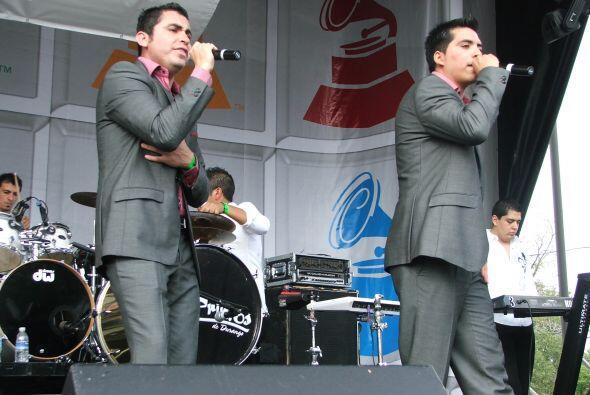 Los Primos de Durango fueron los siguientes en pisar el escenario.
