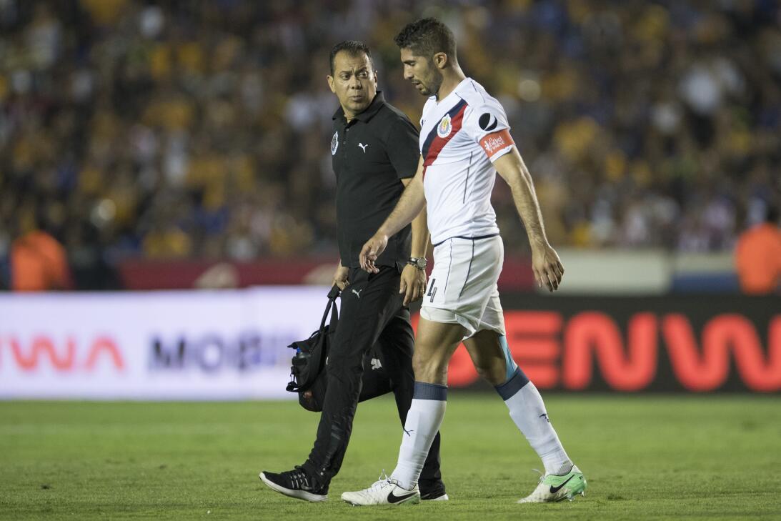 Tigres golea a Chivas y los baja de la nube. Jair Pereira de Guadalajara...