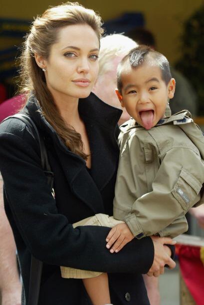 13. No, esta opción no incluye a Angelina sino a su hijo Madox. Mad fue...