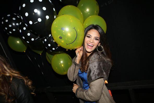 Alina también se divirtió mucho con todos los globos que tenían ahí.