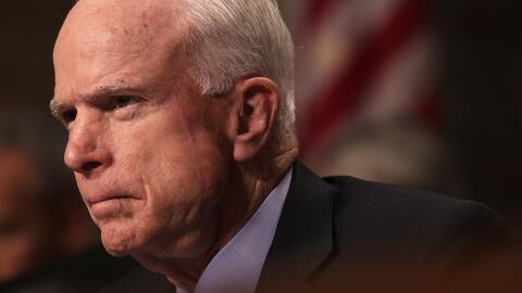 McCain, de 80 años, fue sometido a una operación el viernes para remover...