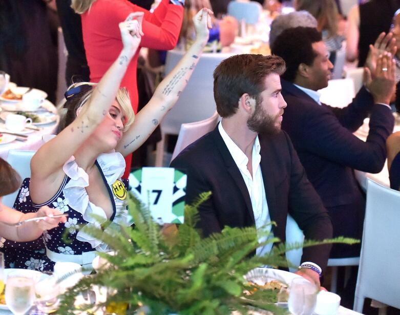 Miley Cyrus y Liam Hemsworth Variety