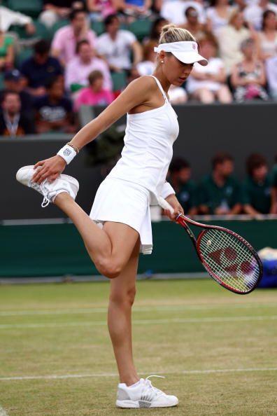 ¡El tenis le dejó a  Anna Kournikova unas de las piernas qu...