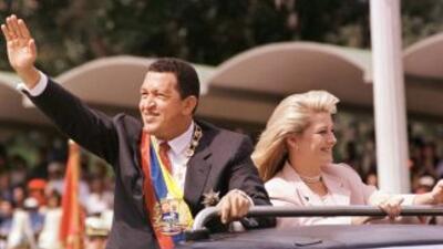 2 de febrero de 1999. Hugo Chávez asumió la pesidencia de Venezuela. En...