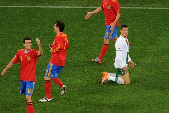 Además de eso, Ronaldo se pasó la mayor parte del partido protestando de...