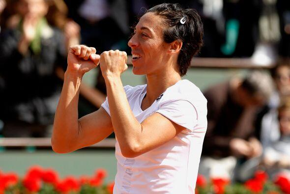 Primera semifinalista: La italiana Francesca Schiavone (N.5), defensora...