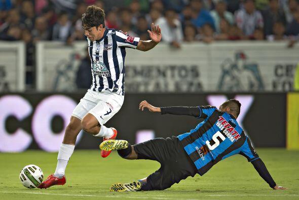 El equipo de Pachuca aprovechó los espacios que dejaba Querétaro, pero p...