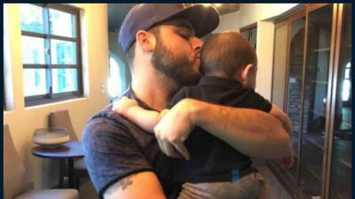 Gerardo Ortíz causa polémica con la foto de su sobrino