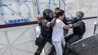 En fotos: Así agreden a los dirigentes políticos opositores durante las protestas en Venezuela