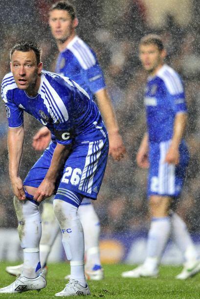 La defensa de Chelsea tenía una sola misión, aguantar otros 45 minutos.