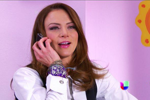 Bueno Ana, Fernando te quiere a su lado en un momento tan importante.