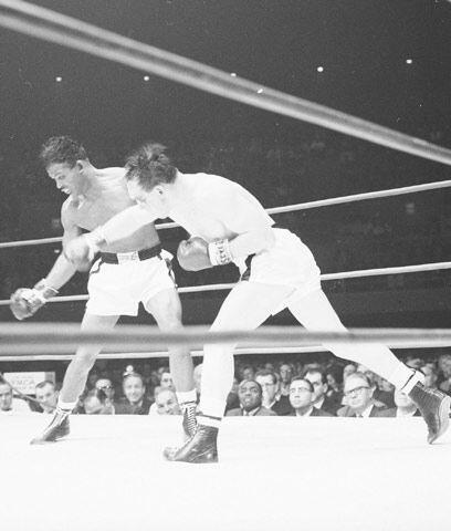 El golpe perfectoEn enero 1955 Gene Fullmer le quitó el título mediano a...