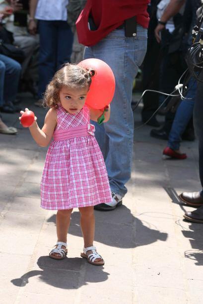 La pequeña Carito estaba muy emocionada y disfrutó del ambiente de la Pl...