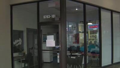 Estudiantes en limbo tras inesperado cierre de una escuela de enseñanza de idiomas en Doral