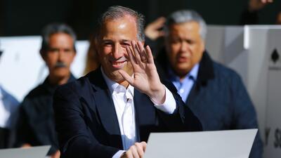 En fotos: Así votó José Antonio Meade, el candidato oficialista